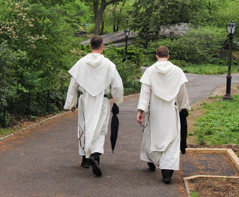 friars-walking
